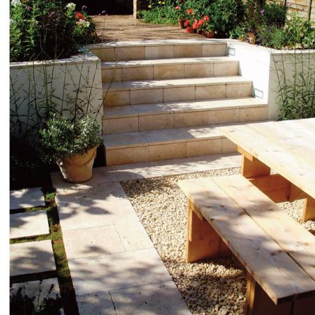 The oak studio garden design gallery travertine steps for Rendered garden wall designs